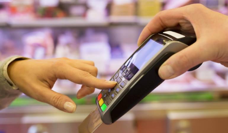 Эквайринг в Промсвязьбанке: тарифы на торговый, мобильный и интернет-эквайринг