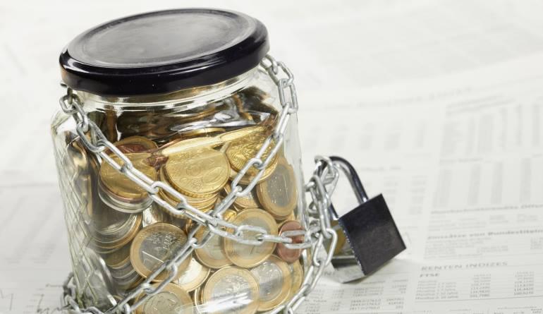 Блокировка расчетного счета банком